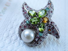 Large Silver Starfish pendant with 9 mm cultivated fresh water pearl, peridot, emerald, citrine and garnet