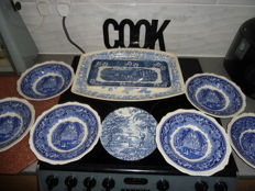Blue Plate ware 3 Plate's & 6 Bowls