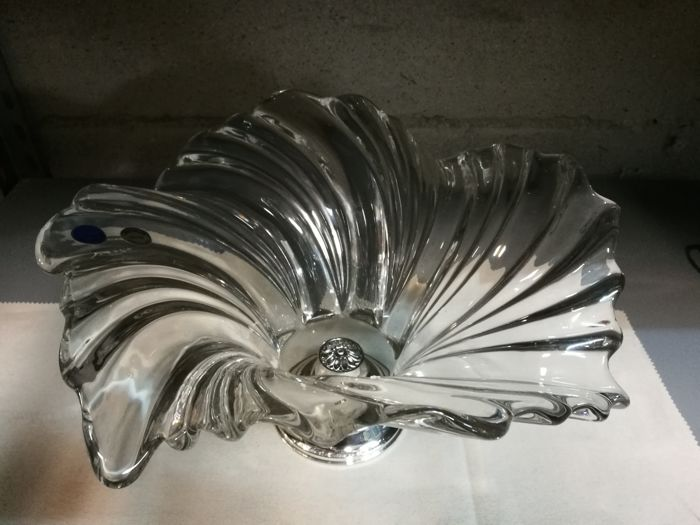 Crystal and silver 800 centrepiece Made in Italy, 1980s.