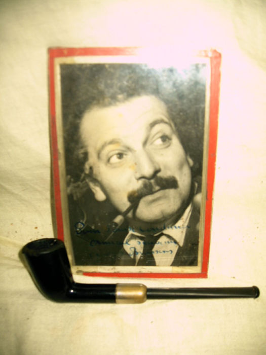 Personal pipe of G.BRASSENS with signed photo proof