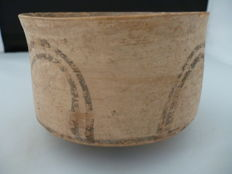 Indus Valley earthenware bowl with linear decoration - diameter 100 mm