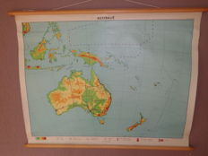 "Intact old school map of ""Australia"""