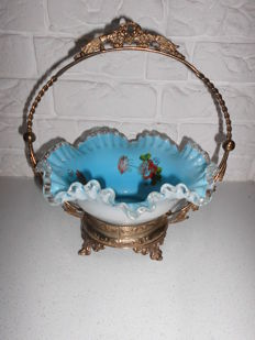 Nice big hand-painted French Bonbon / fruit bowl in an ornate silver-plated stand, a rare bowl, very nicely embellished