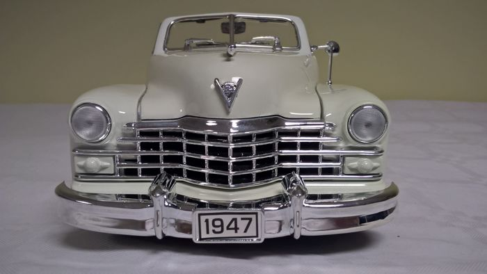 Anson - Scale 1/18 - 1947 Cadillac Series 62 Convertible - White