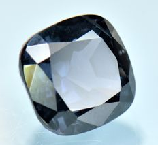 Dark blue Spinel - 5.36 ct