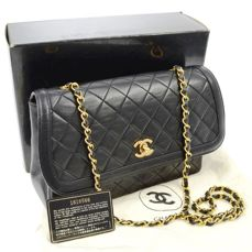 Fashion Auction (Luxury Bags)