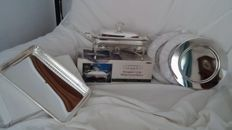 Silver plated bain marie + Serving dish + 3 plates.