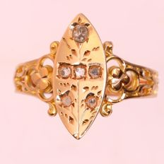 Antique Victorian diamond gold marquise shaped ring