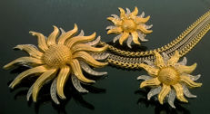 Kenneth J Lane (1932-2017)  'Day and Night' Sunflower spinning brooch/pendant and earrings