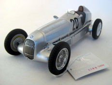 CMC Models - Scale 1/18 - Mercedes-Benz W25 #20 - First Drive First Win - Eifelrennen 1934 Manfred von Brauchitsch
