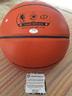 Amazing!!! Ball signed by Nikola Mirotic