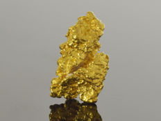 Gold nugget natural - 12.2 x 7.0 x 4.4 mm - 9.1 ct