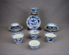 Blue-and-white cups ans saucers - China - nineteenth century