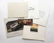 Collection Jaguar brochures 1968-1997