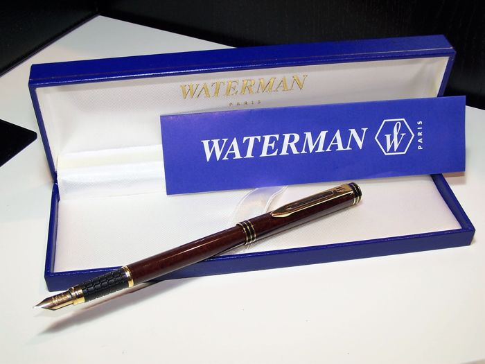 Waterman Ideal Paris fountain pen with 18 kt gold nib, complete with box and original papers