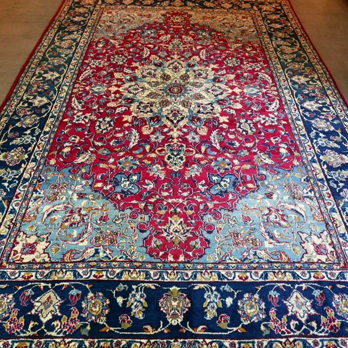 Beautiful XL Isfahan Persian carpet - 320 x 210 - very good condition - wonderful appearance - unique opportunity - great, great, great!