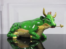 CowParade - Frog King Cow