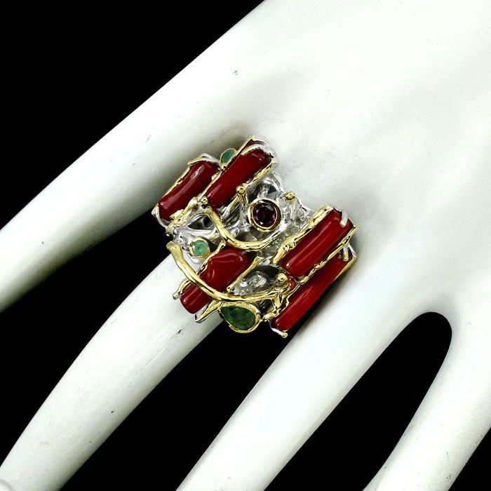 Stunning 925 Sterling Silver Ring with Red Coral,Rhodolite, Emerald and Garnet