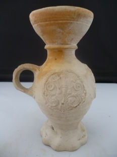 Late medieval stoneware Funnelbeaker jug with 3 medallions - 125 mm