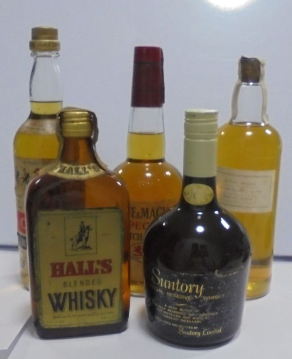 5 bottles - Cavalry 5 years old, Whyte & Mackay's Special, Tartan Prince 1965, Hall's Blended & Suntory Special Reserve