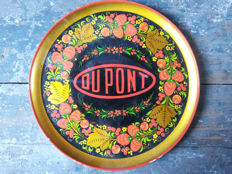 """Dupont"" promotional handpainted plate from Russia in folkloristic ""Khokhloma"" style"
