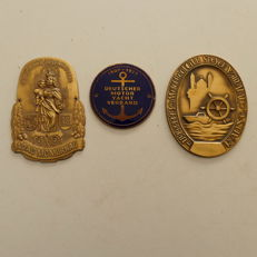 3 classic car badges 1977/80