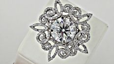 5.22 ct  SI1 round diamond ring in 14 kt white gold - size 6.5