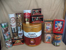 Fifteen coffee tins. among other Kanis & Gunnink 5 kg, Douwe Egberts. - 1950 to the present.