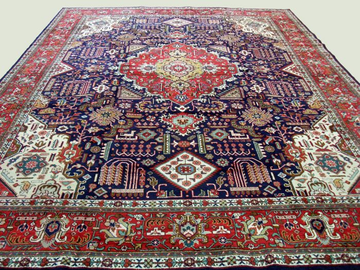Hand-knotted Persian carpet TABRIZ (Djoshgan), 394 x 275, Iran - Late 20th century