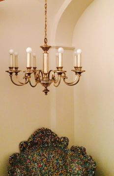 Gaetano Sciolari Made in Italy signed with original label impressive 8 light chandelier in brass and chrome