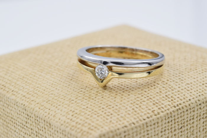 18 kt yellow and white gold - Cocktail ring - 0.20 ct central diamond - Ring size 14 (Spain)
