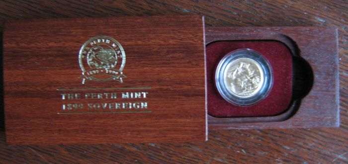 Australia - Sovereign 1899 (Perth) in Jarrah wooden box - gold