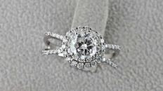 1.32 ct SI1 round diamond ring made of 14 kt gold - size 7