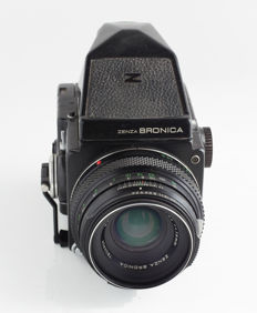 Zenza Bronica ETRS 6x4.5, Zenzanon MC 75 mm 1:2.8 MC, dummy-camera (Atrappe), with body and viewfinder: shop window model