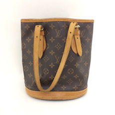 Louis Vuitton - Bucket PM