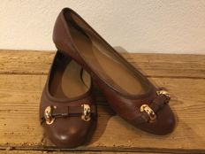 Elie Tahari - flats in brown made of leather - like new