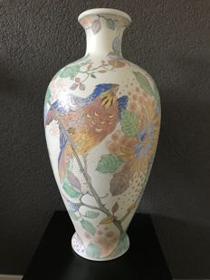Plateelbakkerij Zuid-Holland - Art Nouveau ornamental vase with bird decoration - 43 cm