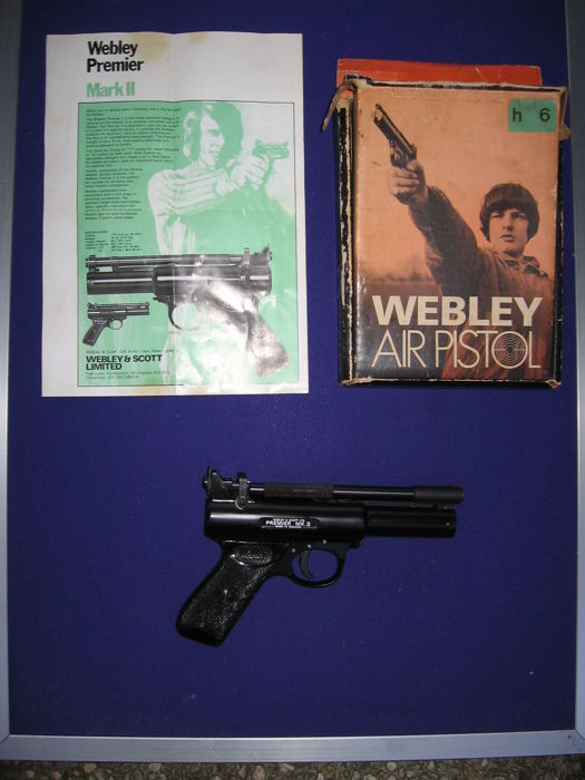 Webley&Scott Ltd Premier Mark II cal 5.5 mm Made in England with original box. Produced between 1975 and1977