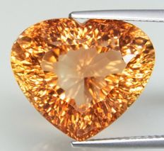 Orangey Brown Topaz – 21.59 ct