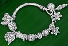 Silver 925 Bracelet Depicting Elephant Flowers Starfish Leaves and more  -  Long 19 cm