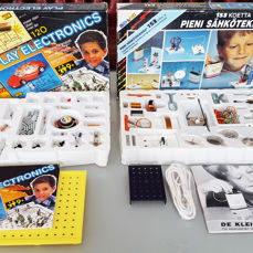 Two Classic electronic project kits - Experiments - Mehano, Science Fair