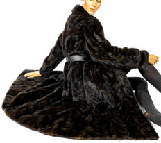 Luxurious black brown mink coat mink fur coat dark mink elegant