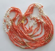 Necklace with 5 strands of precious coral, baroque angel-skin pearls and 14 kt gold