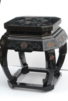 "Chinese plant table ""jinlong"", square with canted corners - Peking - around 1990."