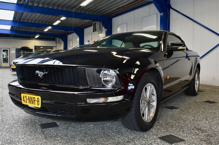ford mustang cabriolet 2008 catawiki. Black Bedroom Furniture Sets. Home Design Ideas