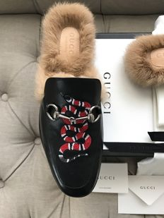Gucci Unisex Princetown leather slipper with Kingsnake new condition