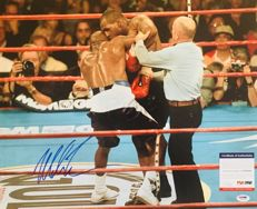 Mike Tyson /  Original Signed Photo ( 40x50cm ) - with Certificate of Authenticity PSA/DNA