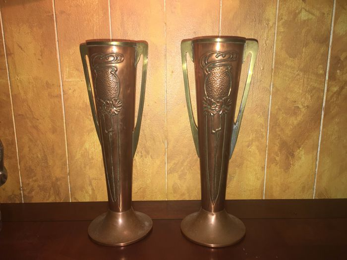 Beldray A Pair Of Art Nouveau Copper And Brass Vases Catawiki