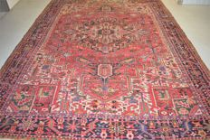 Persian Heriz rug - around: 1950 - 380 x 280 cm - with certificate of authenticity