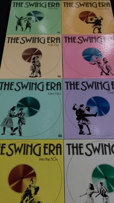 Various Swing Era  -   Lot of 8 albums   -   24 Vinyl LP + 8  Book Box Set   -    Label Time Life Records